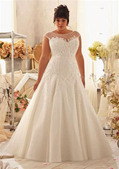 Tips On Dressing For Wedding by Five Great Wedding Dress Tips For Curvy Brides