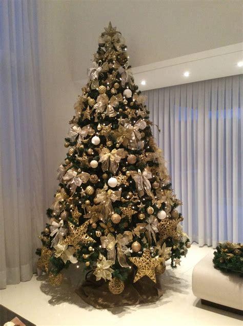 decoração arvore de natal vermelho e branco 193 rvore de natal decora 231 227 o dourada natal especial