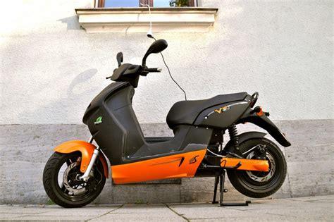 Elektro Motorrad 11kw by Test Elektro Roller E Max 90s Wie E Mobilit 228 T Rundum