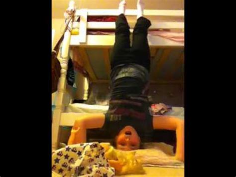 fun things to do in bed fun things you can do with a bunk bed by zipzak94 youtube
