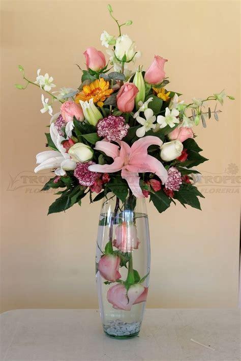 Bandana Karangan Bunga 17 best images about flower arrangements on floral arrangements floral design and