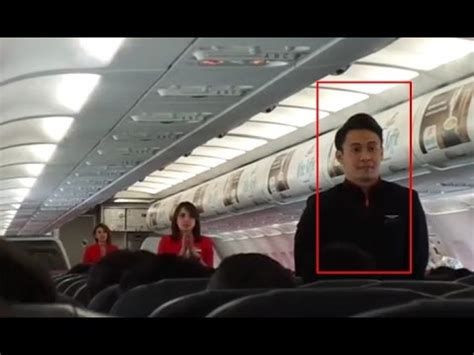 Parfum Maskapai Pramugara Garuda Air Lines Indonesia pramugara dan pramugari kocak airasia peragaa doovi