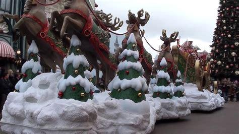 disney s christmas parade 2014 disneyland paris youtube