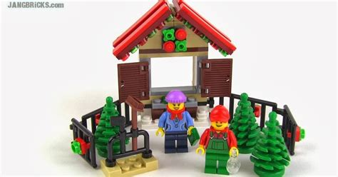 lego christmas tree stand 40082 in hand review