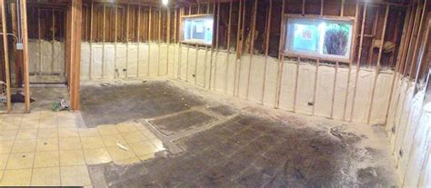 spray foam insulation on basement walls revolutionary spray foam services llc bartlett il 60103 angies list