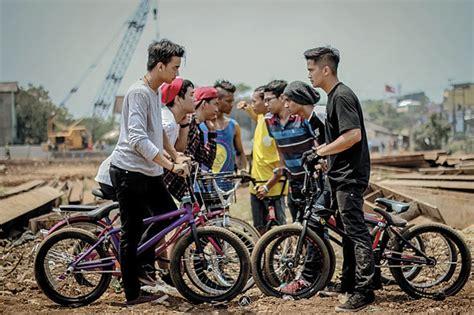 Helm Anak Jalanan Rcti tayang perdana rating go bmx 2 masih jauh dengan anak
