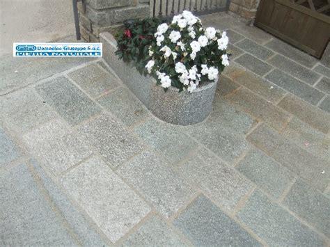 pavimenti in pietra di luserna pavimento in pietra di luserna piano a spacco naturale