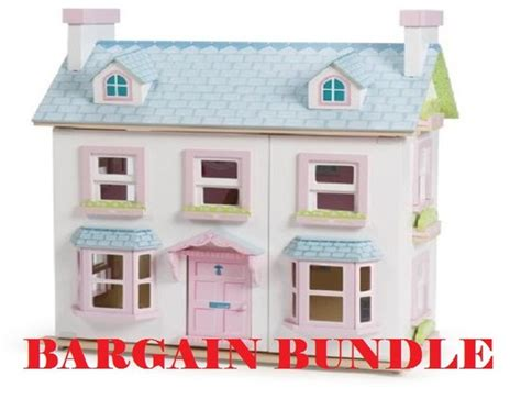 mayberry manor dolls house le toy van mayberry manor dolls house h118 163 142 99