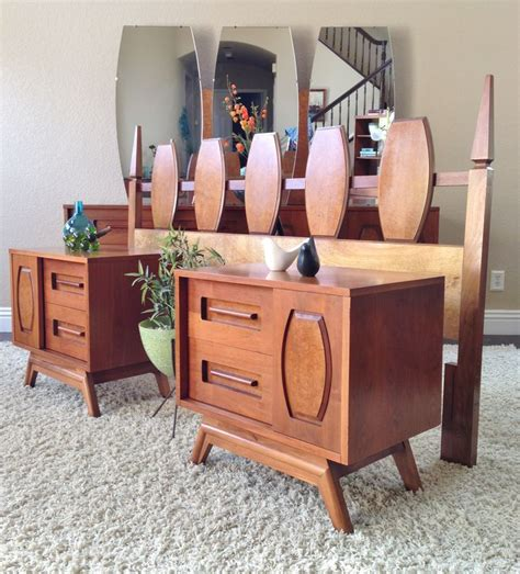 Mid Century Modern King Bedroom Set by Mid Century Modern King Bedroom Set Mid Century