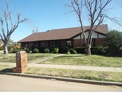 houses for sale in altus ok 716 canterbury blvd altus ok 73521 reo home details foreclosure homes free