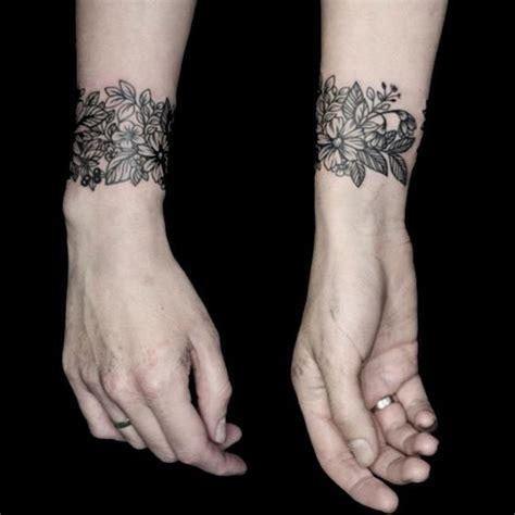 imagenes de tatuajes de brazaletes tatuajes para