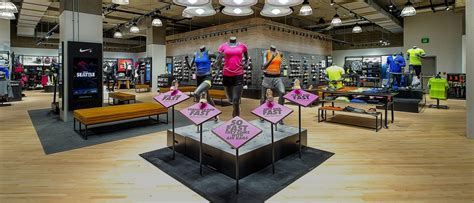 closest shoe store nearest running shoe store 28 images closest shoe
