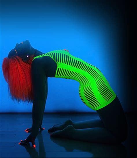 Bbsc Glow produits fluo phosphorescent lumineux lumi 232 re
