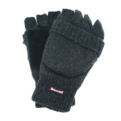 pugs gear gloves keep your warm while still being able to text it s pretty brilliant http
