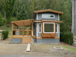 Awesome Wheelhaus #8: Tiny-house-design-with-porch.jpg