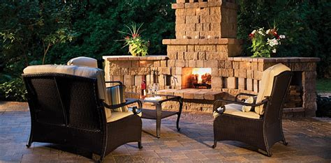Outdoor Living Space Ideas by 25 Cool Outdoor Living Ideas Digsdigs