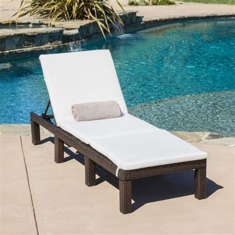 outdoor chaise cushions clearance chaise lounge cushions clearance indoor outdoor patio