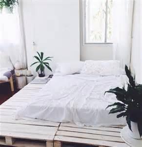 30 id 233 es de lits en palette pour votre chambre des id 233 es