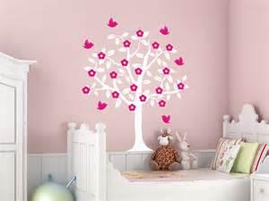 kinderzimmer ideen mädchen chestha dekor baum babyzimmer