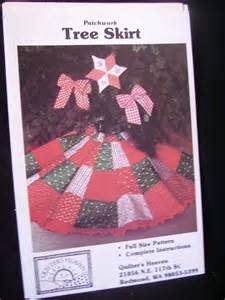 patchwork christmas tree skirt pattern by crittercountry