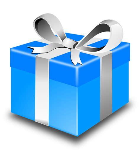 Gift Box Kado Natal Tahun Baru Hadiah Murah Smoothies Pink 40k gambar vektor gratis hadir hadiah natal hari natal