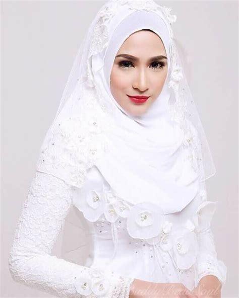 Jilbab Syari Putih 14 inspirasi gaun pengantin syar i berwarna putih til cantik dengan jilbab lebar kenapa tidak