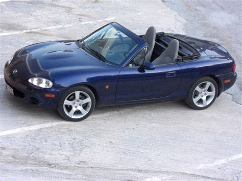 service manual auto repair information 2003 mazda miata mx 5 2003 mazda mx 5 miata hayes car manuals 2003 mazda miata mx 5 engine control 2003 mazda mx 5 miata 2dr convertible