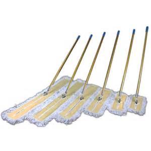 Dust mop set cyndan chemicals