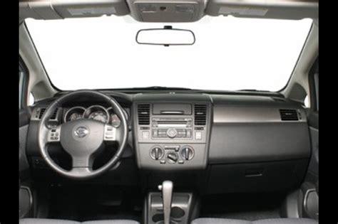 nissan tiida sedan interior nissan tiida interior specs