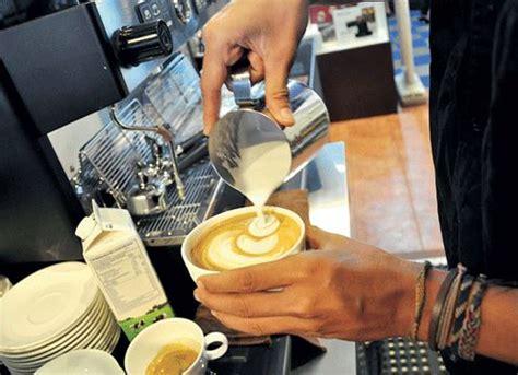 membuat usaha coffee shop 11 tips bisnis kopi modal kecil untuk pemula
