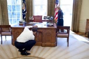 Desk Oval Office Obama Oval Office Desk Home Design Ideas