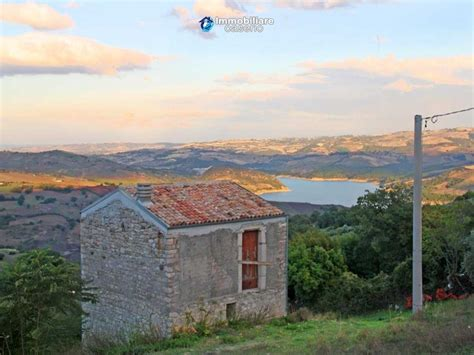 cottage italy cottage with lake view for sale in the liscione