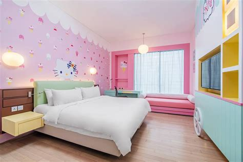 themes hotel johor video 12 different hello kitty themed hotel rooms to
