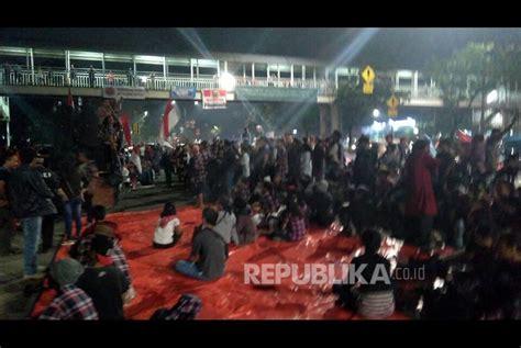 Pro Jakarta pengadilan jakarta utara didemo massa pro ahok hingga malam hari republika