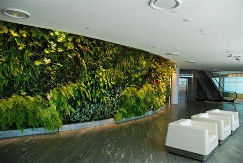 giardino verticale madrid blanc l inventore dei giardini verticali