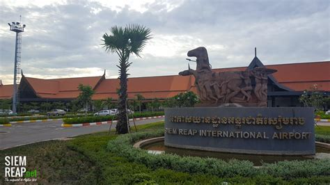 essential siem reap the must carry guide to the city and temples of angkor books siem reap international airport siem reap cambodia