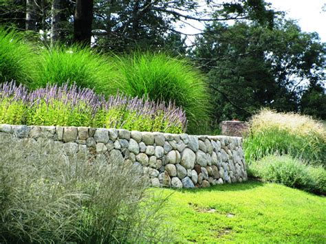 24 Rock Wall Garden Designs Decorating Ideas Design Rock Garden Wall