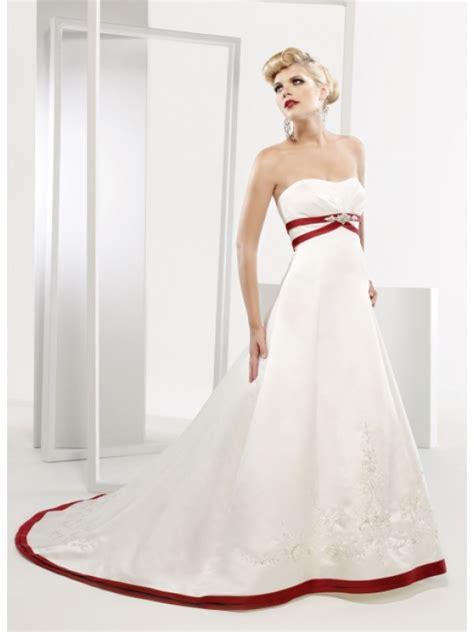 strapless red and white taffeta wedding dress   Sang Maestro