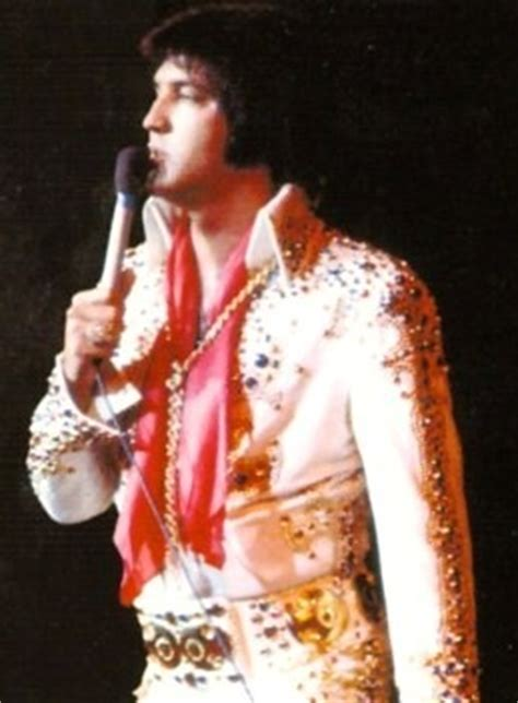 elvis in a trap books closing cd review elvis information network