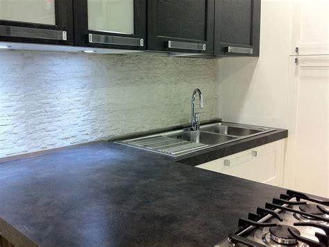 rivestimento cucina no piastrelle piastrelle pareti cucina top cucina leroy merlin top