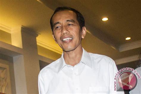 Biodata Bpk Jokowi | jokowi sayangkan pembelian mercy baru pemimpin revolusi