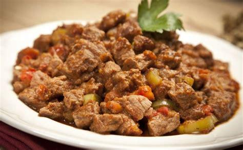 yemek gkkua salatas nefis yemek tarifleri 36 tavuklu arpa şehriye salatası nefis yemek tarifleri