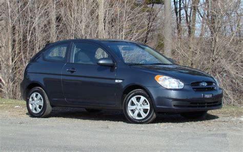 2009 hyundai accent l 192 2009 hyundai accent 9 995 reasons to get one