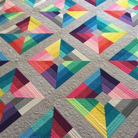 Modern Patchwork Quilt Designs - beautiful modern quilt made from only solids quilts