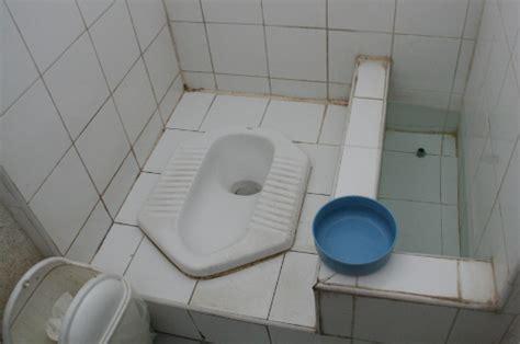 japanische toilette deutschland asiatische toiletten kein toilettenpapier aber eine