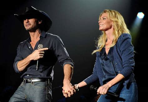 the story of how tim mcgraw and faith hill fell in love