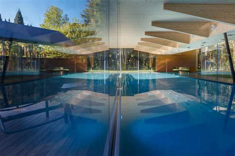 casa di riposo riva garda di lusso villa di lusso con piscina vicino al mare villa