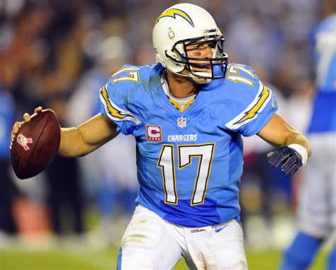 san diego chargers colors 9 nfl throwbacks that should become permanent for the win