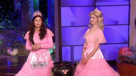 ellen degeneres youtube halloween ellen s last minute costume ideas youtube