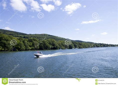 speed boat windermere speed boat on lake windermere stock photo image 57443279